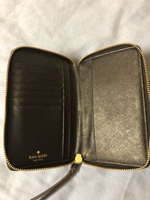 Kate Spade New York Woman's Cameron Street Stacy Wallet for Sale in Columbus, OH