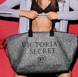 Victoria Secret Weekender Tote Bag for Sale in Vancouver,  WA