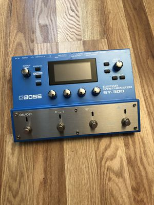 Boss SY300 Guitar Synthesizer for Sale in Los Angeles, CA