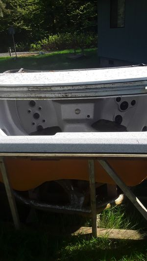 Free hot tub for Sale in Gig Harbor, WA