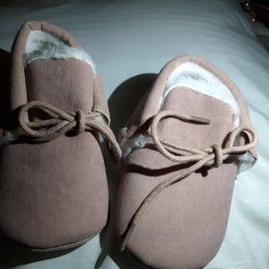 Baby maccosins for Sale in Visalia, CA