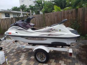 2000 yamaha waverunner xl800 for Sale in Miami, FL