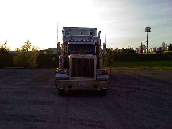 1985 peterbilt 359 for Sale in Los Angeles, CA - OfferUp