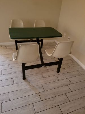 Restaurant tables for Sale in Los Fresnos, TX