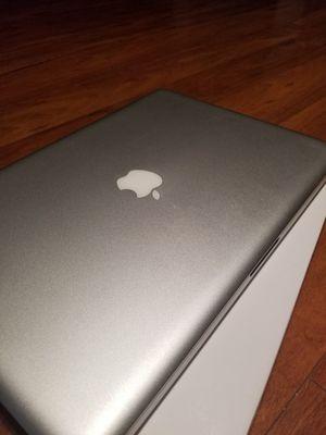 Macbook Pro 2010 for Sale in St. Cloud, FL