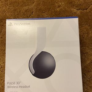 PS5 PULSE 3D Wireless Headset w/Custom Decal for Sale in Millbrae, CA