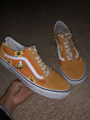 Orange Vans authentic lows (painted edition) for Sale in Marietta, GA