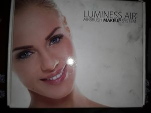 LUMINESS AIR -AIR BRUSH MAKEUP SYSTEM for Sale in Aloha, OR