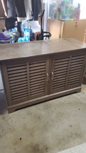 """TV Stand or small cabinet, 45""""x19""""x28.5""""T for Sale in Livermore, CA"""