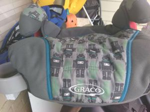 Graco toddler booster seat for Sale in Tampa, FL