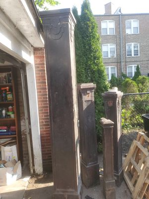 Free vintage columns and railing for Sale in Chicago, IL