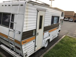 RV Dodge YEAR:1974 Type:MTRHM Model:TRA Color:White for Sale in Bordentown, NJ