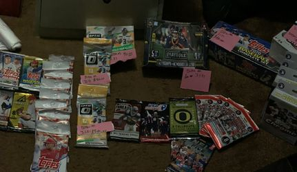 Basketball football baseball Sports trading cards for Sale in West Linn,  OR