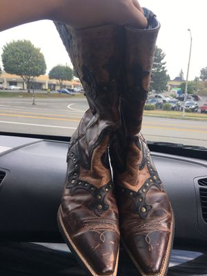 Size 9 cowboy boots great shape for Sale in Tacoma, WA