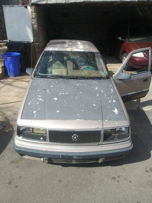 Chrysler LeBaron hatchback 4 door for Sale in Harrisburg, PA