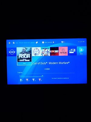 Playstation 4 3 games and headphones 150 for Sale in Hialeah, FL