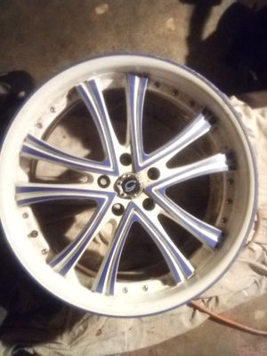 20 inch rims lug pattern is labeled in one of the pictures somewhere for Sale in Port Orchard, WA