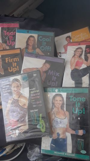 Set of 8 dvds beachbody work outs $5 for Sale in Las Vegas, NV