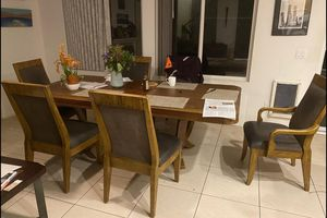Dining Table with 6 Chairs for Sale in San Diego, CA