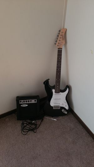 Standard 6 string guitar and amp for Sale in Eau Claire, WI