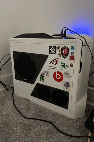 Custom gaming PC W/TV, mouse and keybord for Sale in Pleasanton, CA