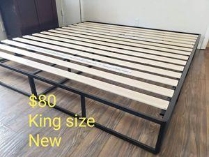 Platform bed frame king size new for Sale in Modesto, CA