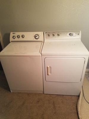 WHIRLPOOL TOP LOAD WASHER AND GE FRONT LOAD DRYER for Sale in Lake Alfred, FL