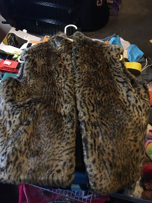 Faux fur girls vest for Sale in Fircrest, WA