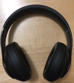 NEW Beats STUDIO 3 Wireless (not solo) Bluetooth headphones - all black for Sale in Boston, MA