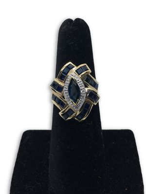 10k Sapphire Ring for Sale in Alexandria, VA