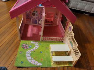 Vintage Mattel 1992 Barbie Fold N Fun Home for Sale in Pasadena, TX