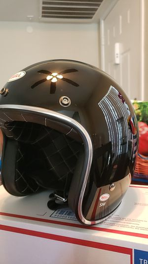 Bell Custom 500 Gloss Black Helmet Café Racers style for Sale in San Diego, CA