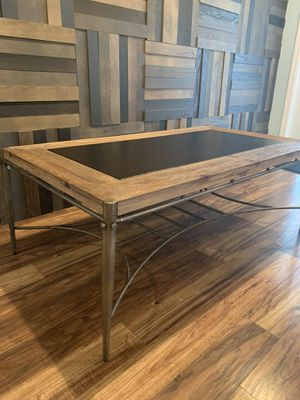 Coffee Table for Sale in Pompano Beach, FL