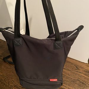 Skip Hop Tray Chic Dry & Store Pump Bag for Sale in South Hackensack, NJ