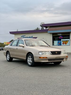 1996 Toyota Avalon for Sale in Joint Base Lewis-McChord, WA