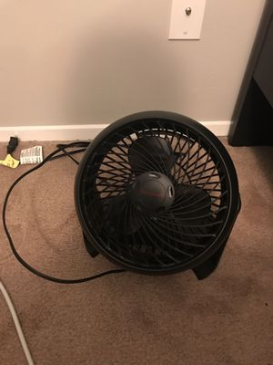 [2 items] Honeywell HT-900 TurboForce Air Circulator black and white for Sale in Seattle, WA