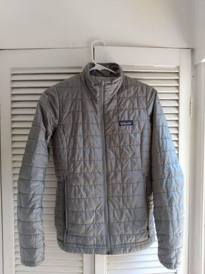 Patagonia Nano Puff jacket ladies Excellent condition Size:XS for Sale in Los Angeles, CA