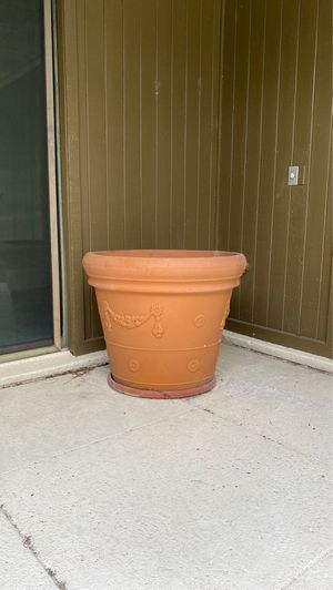 Jumbo plant pots for Sale in Winter Haven, FL