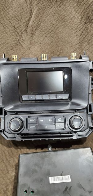 2015 Tahoe/Suburban Stock Stereo GM part OEM for Sale in Los Angeles, CA