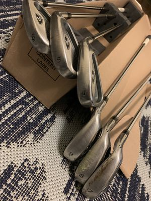 TaylorMade R7 XD iron set golf clubs 4-9 for Sale in San Francisco, CA