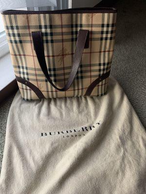 Burberry handbag for Sale in National City, CA