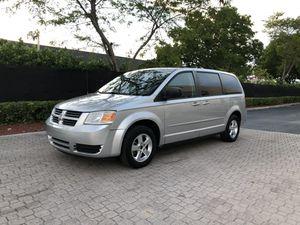Dodge Grand caravan 2010 for Sale in Miami, FL