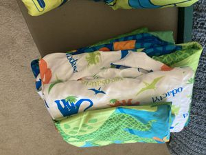 Toddler sheets, pillowcase & comforter for Sale in Redmond, OR