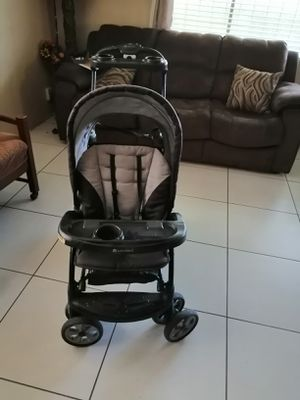 Sit and stand baby trend double stroller for Sale in Woodlake, CA