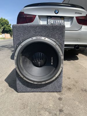 Sub and amp for Sale in Long Beach, CA