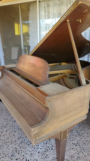 Cable & Sons Baby Grand Piano for Sale in Los Angeles, CA