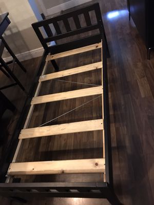 Kids bed frame for Sale in Miami Gardens, FL