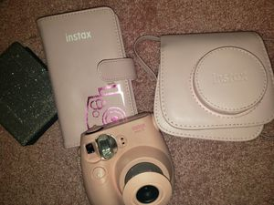 Pink instax mini fuji film camera + case for Sale in Stockton, CA