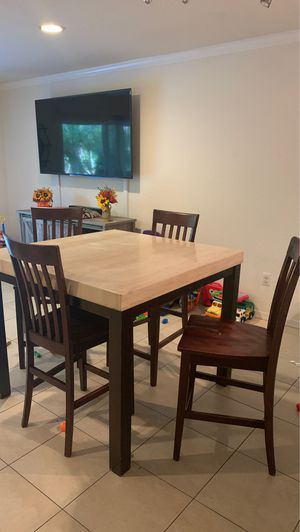 High top kitchen table for Sale in Stuart, FL