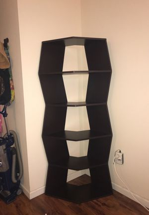 """Two 6""""ft cobra corner bookshelves for Sale in Lake Worth, FL"""